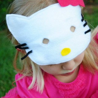 simple hello kitty mask