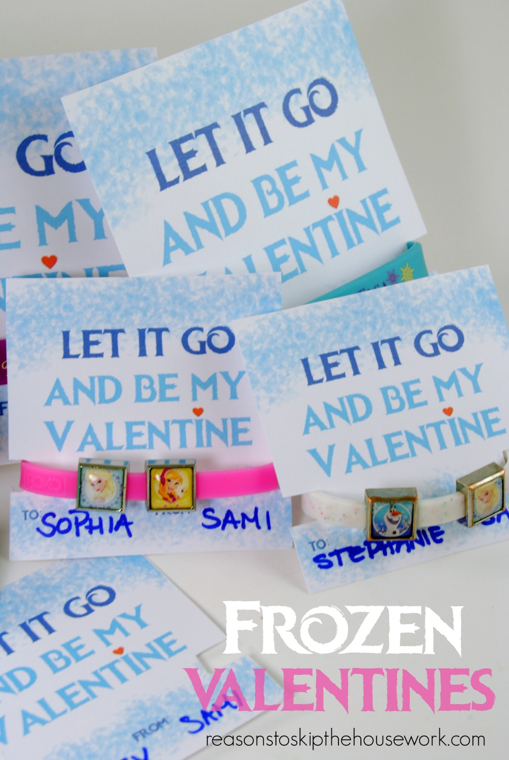 Frozen Valentine's Day Cards free printable at www.reasonstoskipthehousework.com