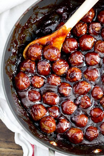 Cranberry BBQ Meatballs: When you head out to your parties, make sure you have some great Christmas Party Food with you!