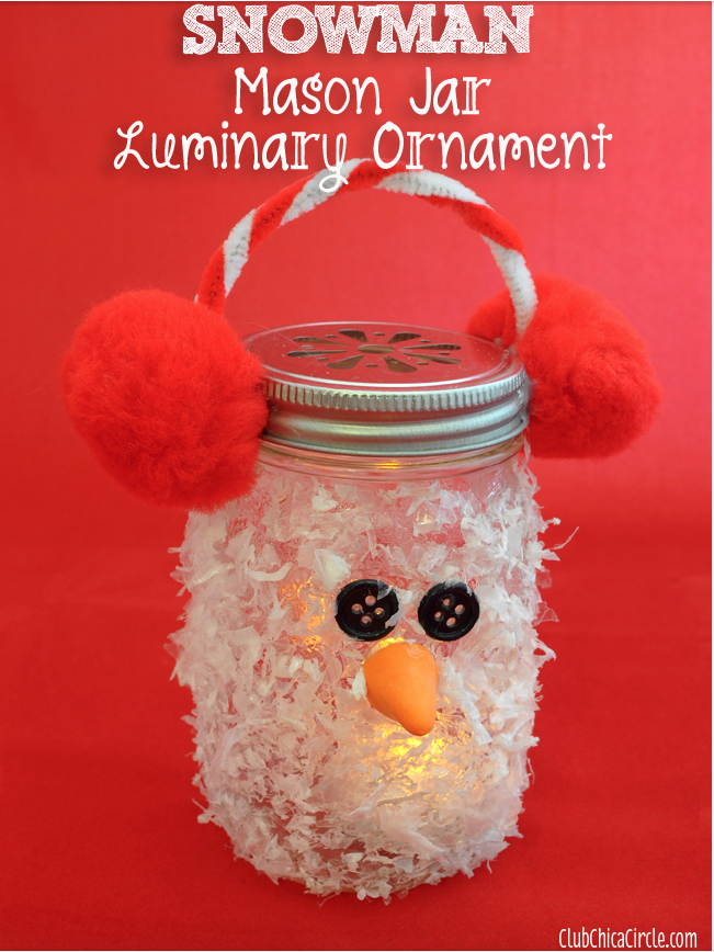Snowman Luminarias: The holidays are here and there are so many different gift and decor ideas to bring lots of cheer! There are so many Mason Jar Crafts to make this holiday!