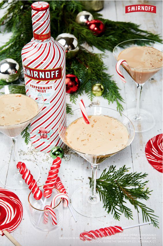 Peppermint Martini: Pumpkin flavors may dominate Fall, but Peppermint rules the holiday world! Here are 10 Peppermint Drinks that are sure to warm you up and get you in the Christmas spirit!