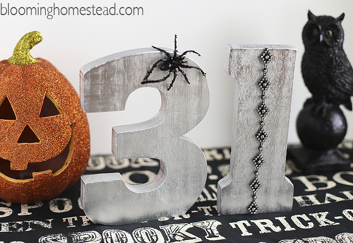 DIY Halloween Craft by Blooming Homestead