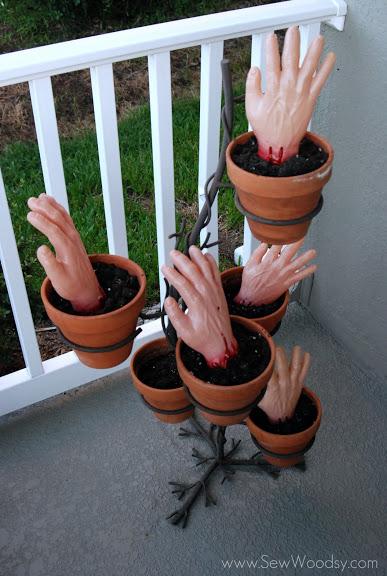 Zombie Hands 11