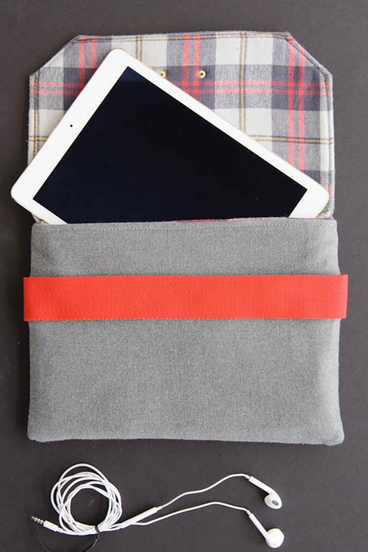 eReader or Tablet Holder