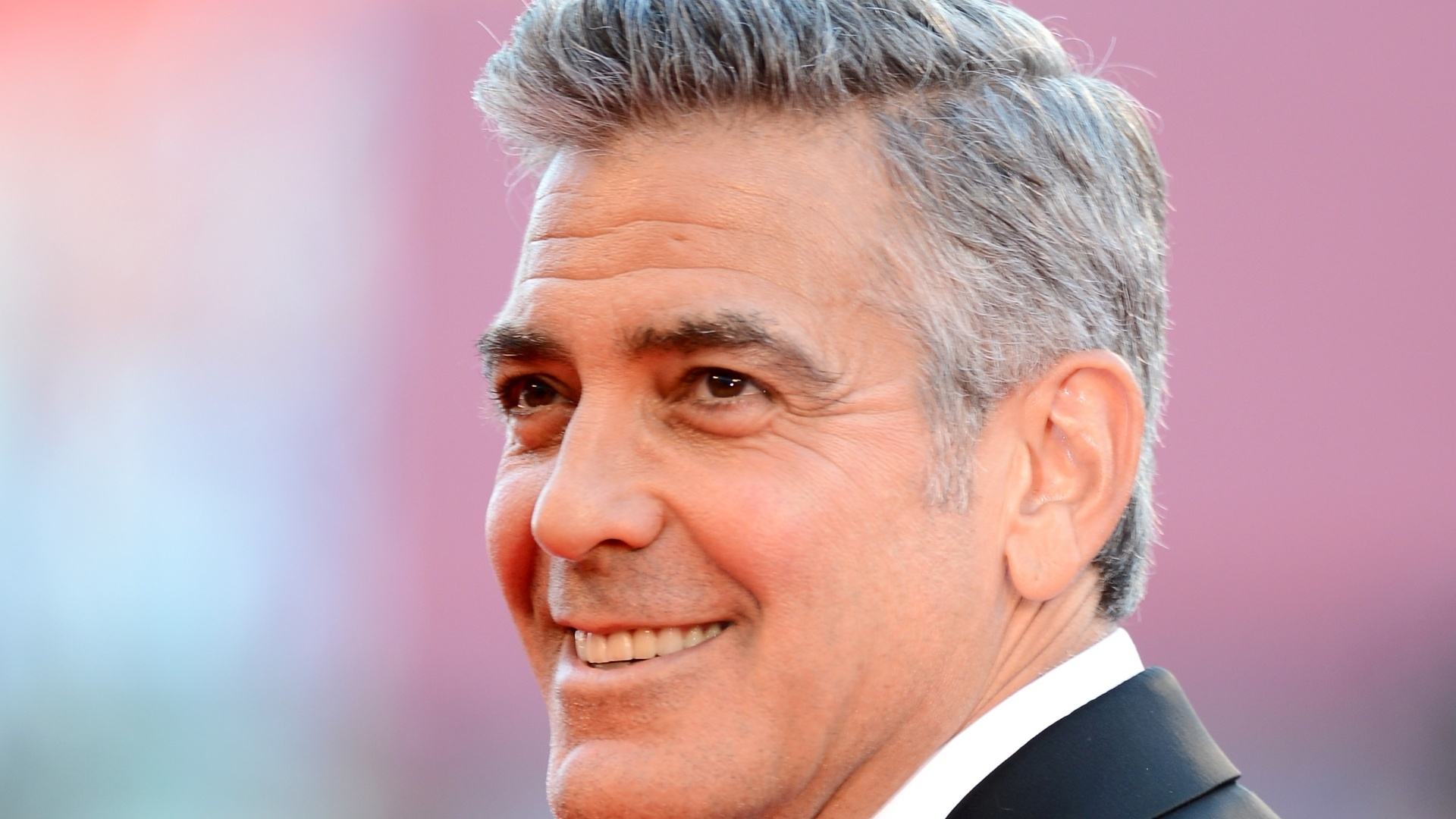 George-Clooney-Hairstyle-Wallpaper-HD-Resolution