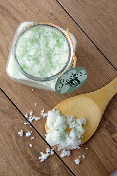 DIY-Vanilla-Mint-Sugar-Scrub-400x600