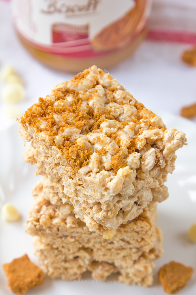 Super easy, incredibly more-ish Biscoff Rice Krispie Treats!