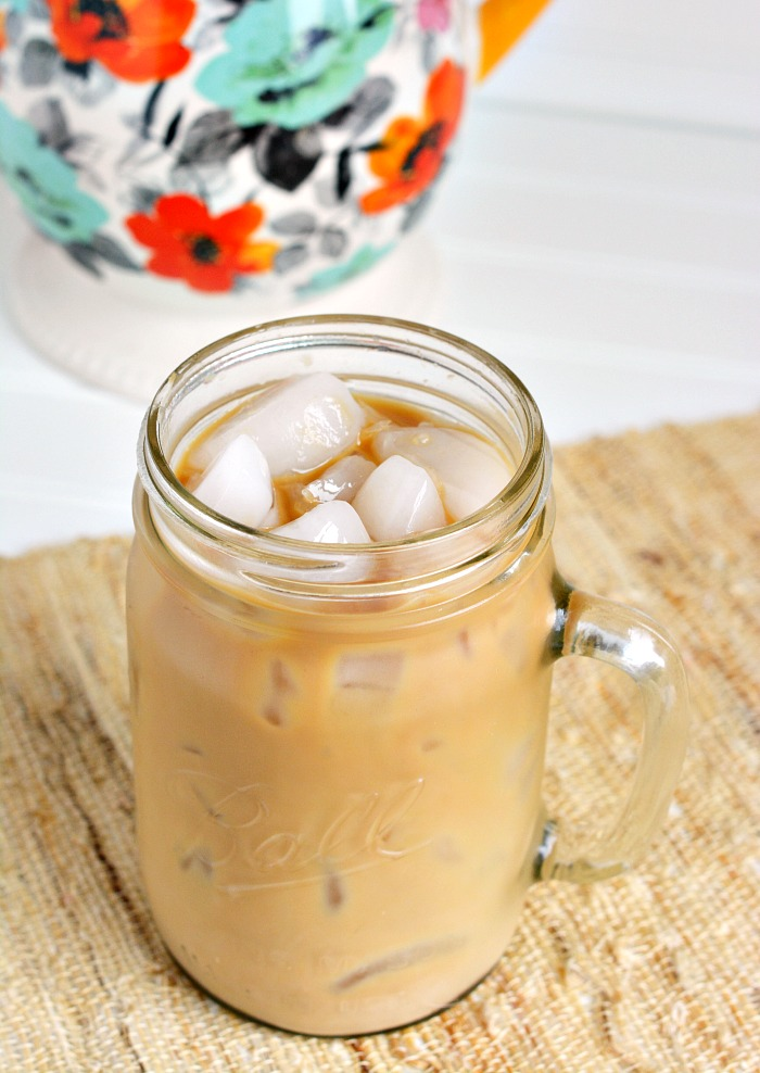 Cold-Brewed-Iced-Coffee