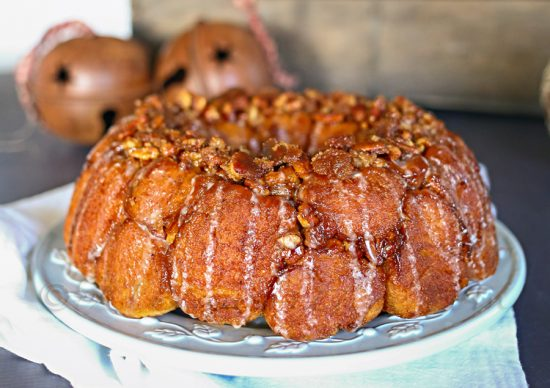 Eggnog Monkey Bread: Eggnog is a favorite seasonal drink, but there are so many ways to bake with eggnog!