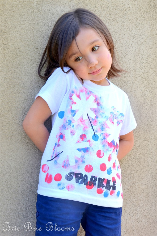 Fourth of July Crafts for Kids: Sparkle Tee