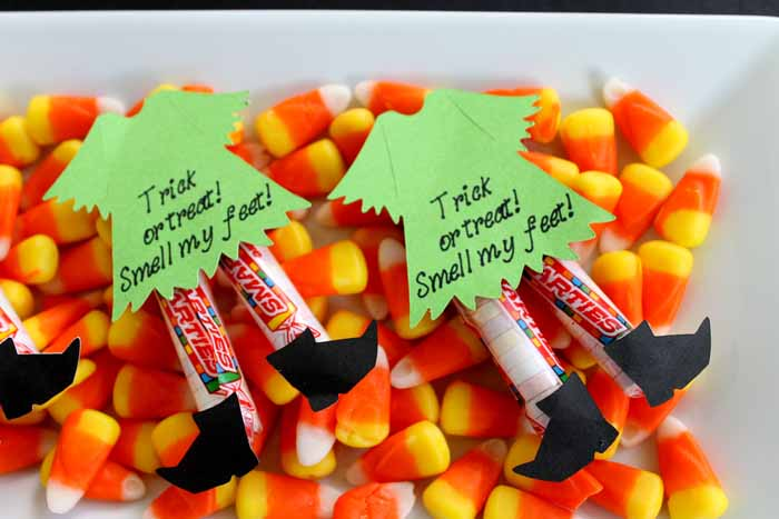 https://www.thecountrychiccottage.net/halloween-candy-ideas/