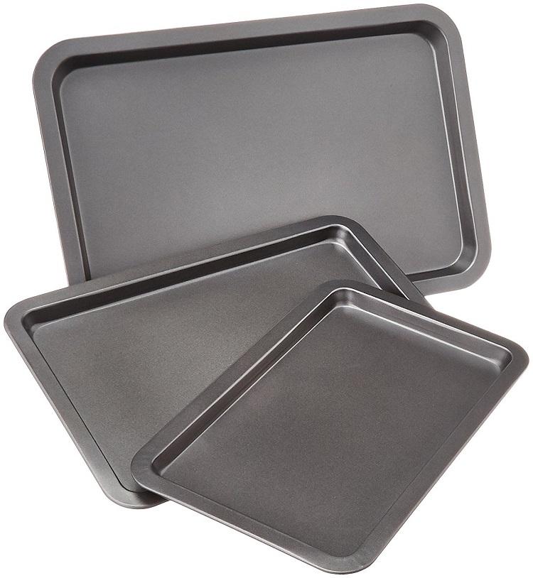 AmazonBasics 3-Piece Baking Sheet Set - top baking sheet